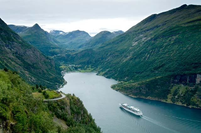RCI_VI_Norwegian-Fjord_9981.jpg